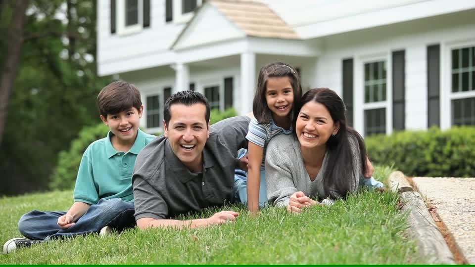 boldog család mosoly biztonság
